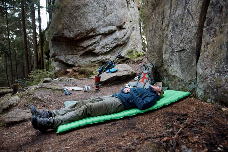 best lightweight sleeping pad for hammock