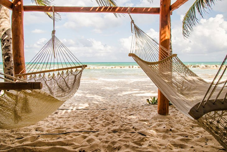 How to Hang a Hammock on the Beach